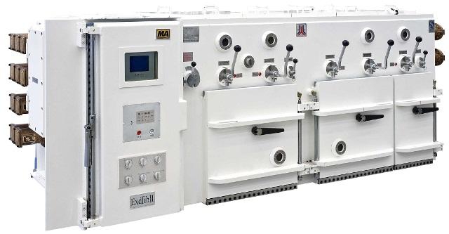 DSP数字信号处理能力,事件管理能力和嵌入式控制能力;  CAN现场总线,多主方式,非破坏性总线仲裁技术,短帧结构传输信号;  自适应检测和诊断技术;  在线监测、实时监控;  中(英)文液晶(10.4英寸)显示、故障诊断;  各回路具有独自隔离换相开关;  满足变频电机特有的供电方式;  快开门结构。